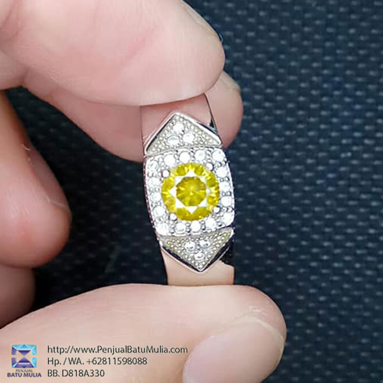Fancy Yellow Diamond Berlian Warna Kuning Yellow Canary